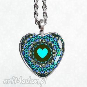 serce folkowe śliczny naszyjnik w kształcie serca, serce, prezentowy, na, ukochanej