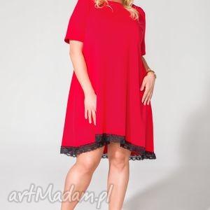 Sukienka T107 czerwony PLUS SIZE, sukienka, dzianina, rozkloszowana, koronka