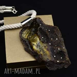 handmade naszyjniki wisior z bursztynem na sznurze srebro