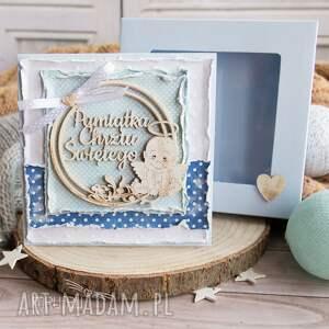 hand-made scrapbooking kartki urocza, wielowarstwowa kartka z aniołeczkiem na chrzest. Przepiękny