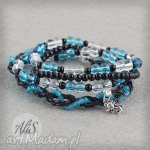 Niebieska z czarnym akcentem - ,przezroczysta,niebieska,czarna,gumka,