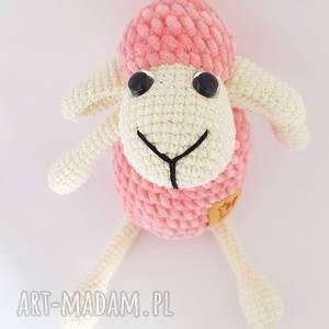 owieczka szydełkowa, dziecko, przytulanka, pokoik dziecka