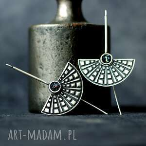 srebrne kolczyki półksiężyce, długie z czarnym oczkiem, oksydowane