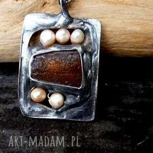 bursztynowy wisiorek naszyjnik z bursztynem i rzeczną perłą, wisior