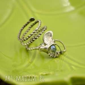 BLUE LIGHT - PIERŚCIONEK Z KRYSZTAŁKIEM, pierścionek, pierścionek-spirala