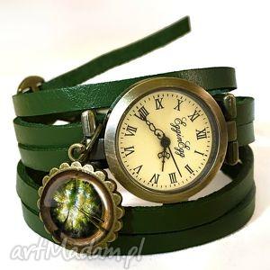 las - zegarek bransoletka na skórzanym pasku - brązowe, rękę