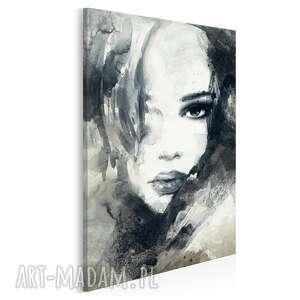 obraz na płótnie - kobieta portret w pionie 50x70 cm 14909