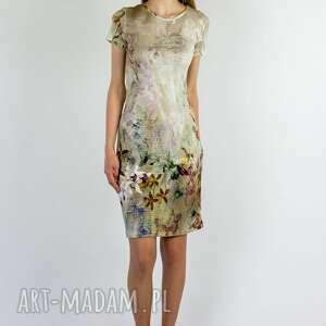 sukienka kwiaty latte, w kwiaty, letnia sukienka, jedwabna