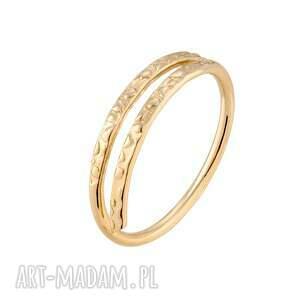 złoty delikatny pierścionek - minimalistyczny, podwójny