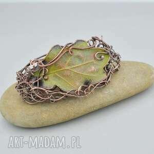 dębowa zieleń - spinka z prawdziwym liściem, liść dębu, automat