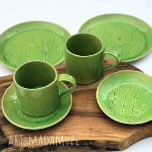 Zestaw ceramiczny dla dwojga - 2 x talerz plus kubeczek