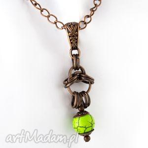 Wisiorek chainmaille zielony, wisiorek, naszyjnik, długi, miedź, kamień, naturalny