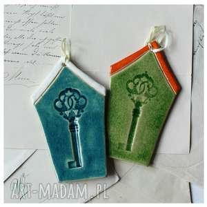domki z kluczami, ceramika, domek, klucz, zawieszka