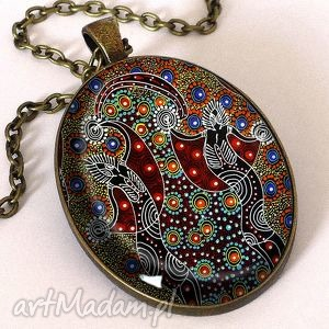 afrykański taniec - owalny medalion z łańcuszkiem - owalny, medalion