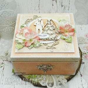 papierowa p pudełko ślubne - niezbędnik małżeński, ślub, kartka ślubna, prezent
