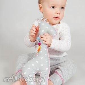 maskotki mięciutka żyrafka - minky z bawełną w serduszka, minky, żyrafa, pluszak