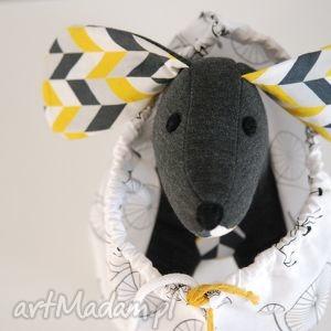 psiak niteczka żółto-szary, maskotka, zabawka, przytulanka, pies, prezent