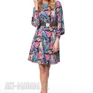 sukienka zainab, kolorowa, pióra, jesień, zima, praca