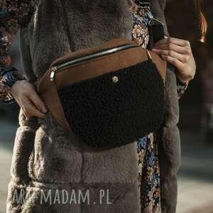duża nerka camel flausz z barankiem, nerka, handmade, na jesień