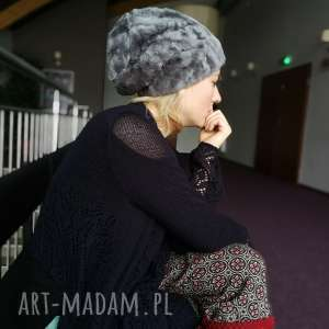 ręcznie wykonane czapki czapka futrzana zimowa ciepła handmade kolor szara