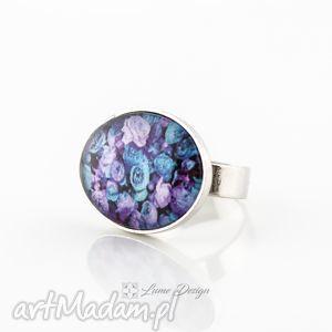 pierścionek regulowany blue rose, duży, regulowany, szklany, róże, kwiaty, wiosna