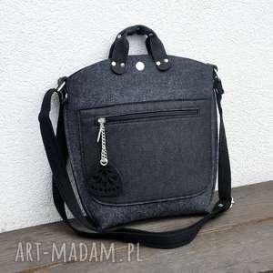 handmade mini mała torebka filcowa - grafitowy filc z czarną kieszonką