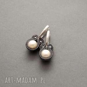 kolczyki sutasz z perłami, sznurek, grafitowe, komplet, delikatne, eleganckie