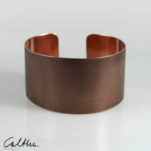 hand made płótno - miedziana bransoletka 151026 -01