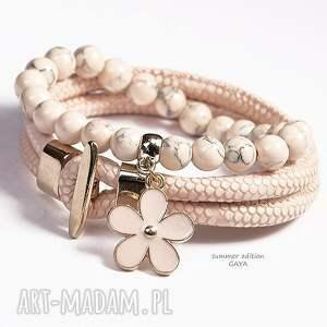 bransoletki peach gold, kule, zawieszka, pozłacane, rzemień, kwiat, prezent biżuteria