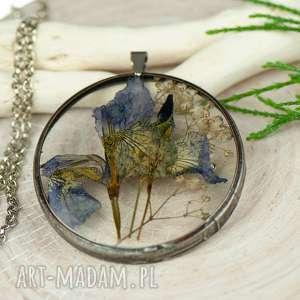 naszyjnik z suszonym irysem w cynowej oprawie z416 - naszyjnik z kwiatem, biżuteria z