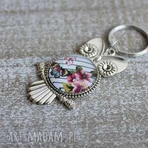 Brelok sowa kwiaty motyl, breloczek, sowa, sówka, romantyczna-sowa, kwiaty, motyl