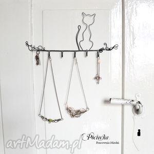 ręcznie robione wieszaki kot wiktor - wieszak na biżuterię i nietylko