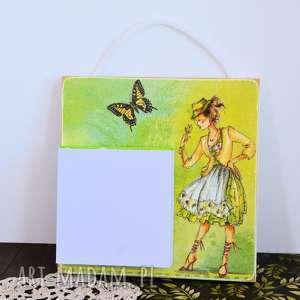 notesy deseczka na notatki - dziewczyna z motylem, notatki, kartki do wyrywania