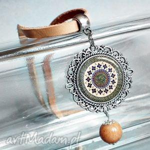 ETNO :: medalion w stylu etno z naturalnym rzemieniem, etniczny, skóra, skórzany