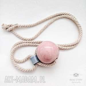 naszyjnik z różową kulą - bawelna, sznurek, korale, ceramika, natura, kula