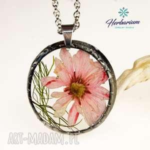 naszyjnik z suszonymi kwiatami, herbarium jewelry, kwiaty w żywicy z1332