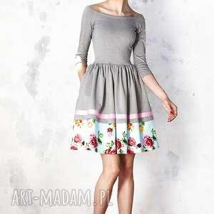 Szara sukienka hiszpanka z kwiatową listwą, midi, wiskoza, rozkloszowana