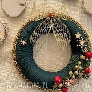 Pomysł na prezent świąteczny: Szydełkowy bożonarodzeniowy wieniec