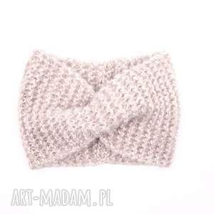 opaska retro blado różowa robiona na drutach, retro, uszy