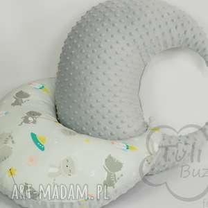 ręczne wykonanie pokoik dziecka poduszka do karmienia rogal w kotki