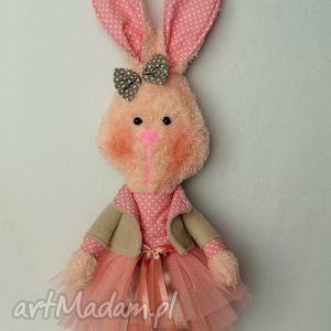 wyjątkowy prezent, króliczka stefania, króliczka, maskotka, przytulanka, prezent