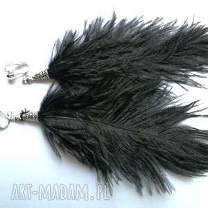 hand-made klipsy ze strusich piór długie lekkie czarne boho
