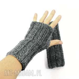 handmade rękawiczki grafitowe mitenki z wełną zrobione na drutach