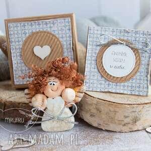 Aniołek wiary w siebie personalizowana mini kartka, pudełeczko