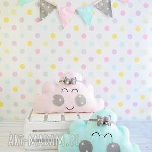 Prezent Różowa chmura, prezent, dziecko, chmurka, poduszka, uroczystość