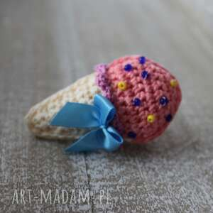 Słodka broszka słodki lód, słodka, różowa, kolorowa, broszka, lody, szydełkowa