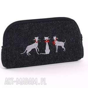 hand made kosmetyczki kosmetyczka - piórnik z haftem kotów