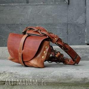 skórzana ręcznie robiona torebka nerka torba na ukos ladybuq art oryginalna