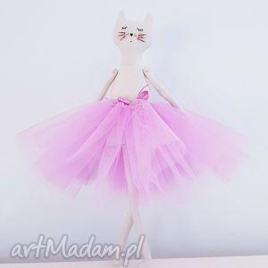 hand-made lalki kot baletnica w tiulach