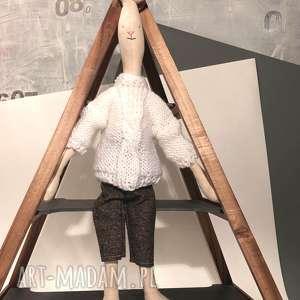 Prezent Maskotka na prezent zając królik w sweterku, dla-dziecka, prezent,